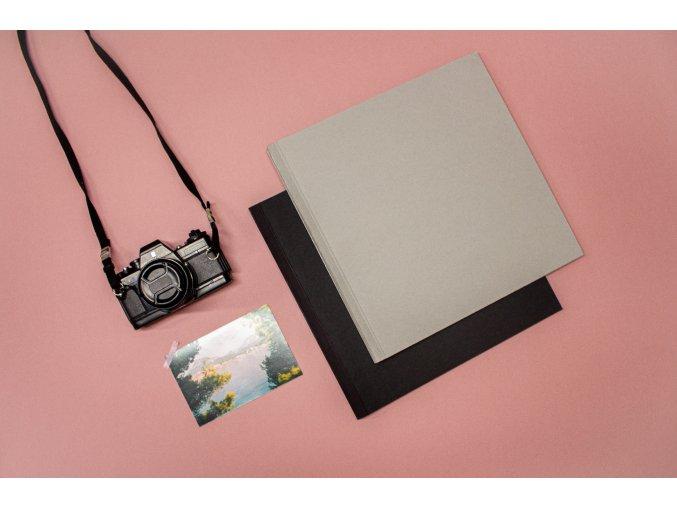 Jednobarevné fotoalbum