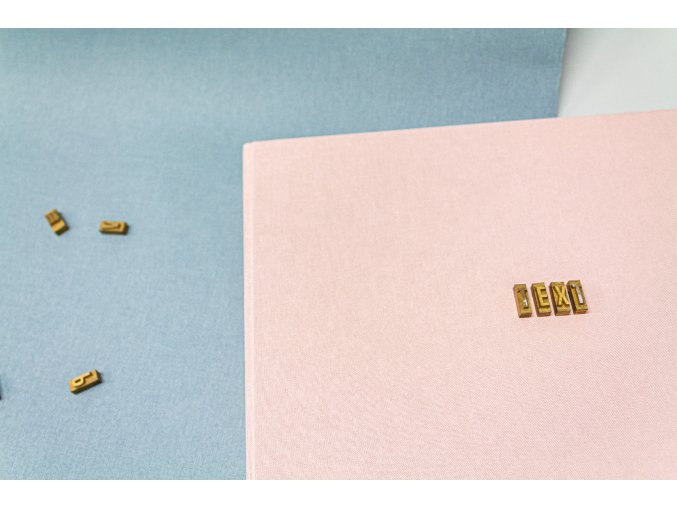 Textilní fotoalbum s ražbou textu - velké
