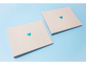 Textilní fotoalbum s ražbou srdce